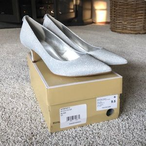 Michael Kors Kitten Pumps 9.5